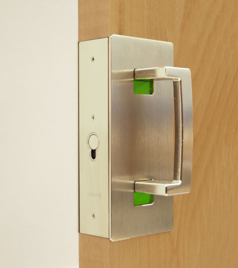 CL400 ADA Magnetic Privacy Handle